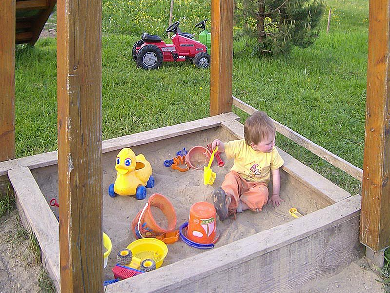 Bauernhof mit Kinderspielplatz